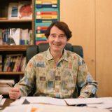 ピーター・フランクルさん(数学者・大道芸人)「人間の財産は頭と心」インタビュー